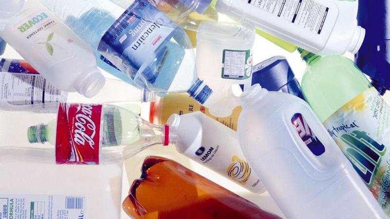 禁止用塑料桶装汽油